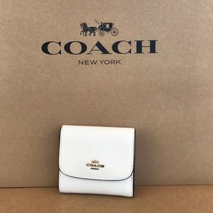 Coach Leather Small Wallet Ivory